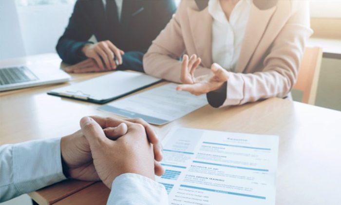 Read more about the article Anunciar vaga antes de demitir empregado é humilhante e causa dano moral